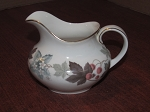 Royal Doulton 12 oz Creamer