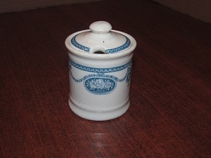 "John Maddock & Sons Ltd Tea Jar ""Deleware"""