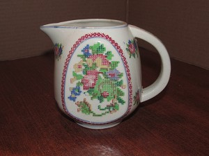 "Made In Japan 18 oz Pitcher ""Petit Point"""